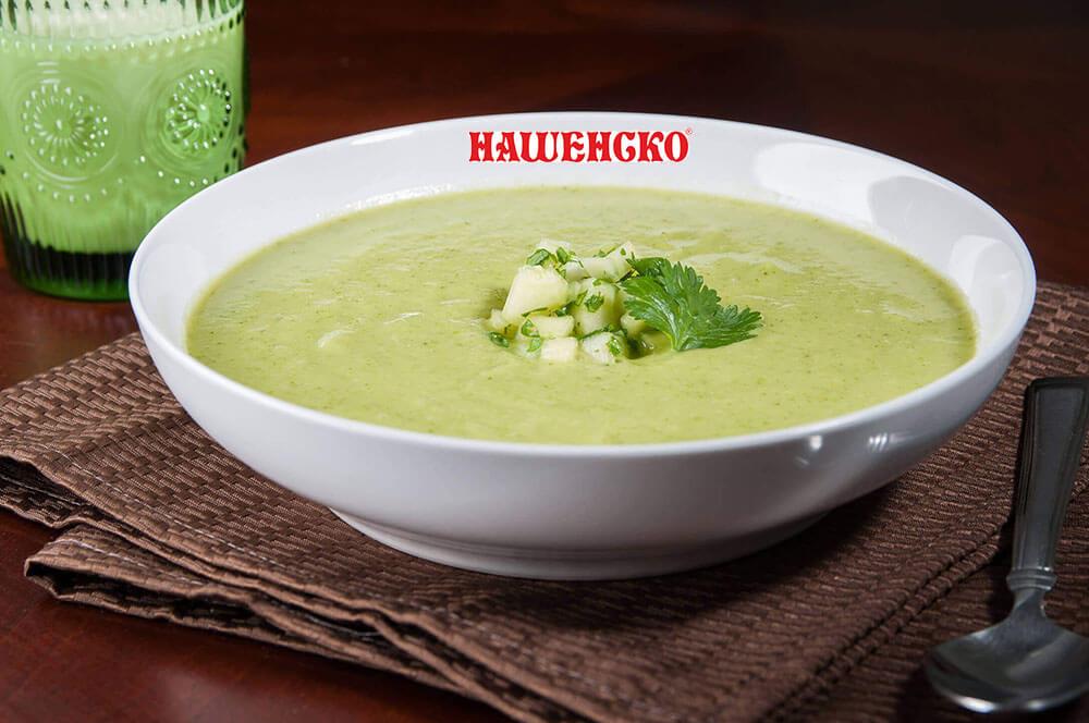 Рецепта за лятна супа с авокадо и тиквички