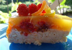Студен сладкиш с лимонови рязанки - летни ястия с кисело мляко от Нашенско
